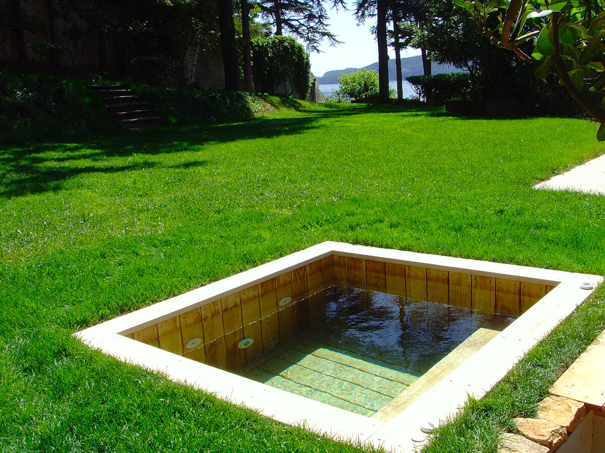 Jacuzzi extrieur sur terrasse simple location vacances for Piscine valmorel