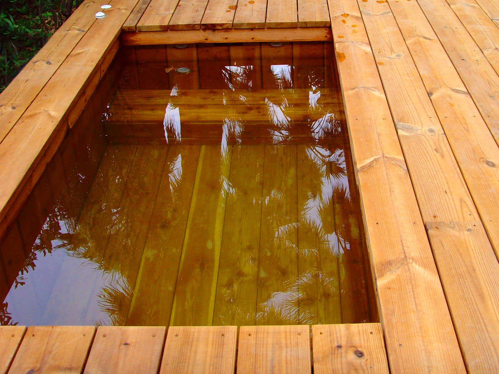 fabricant piscine et jacuzzi spa sur mesure 100 bois. Black Bedroom Furniture Sets. Home Design Ideas