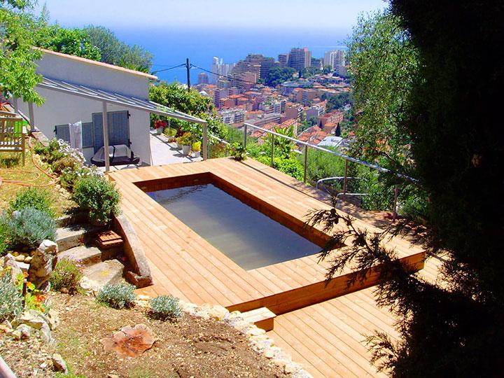 Fabricant de petites piscines en bois enterr es dans le for Fabricant de piscine en bois