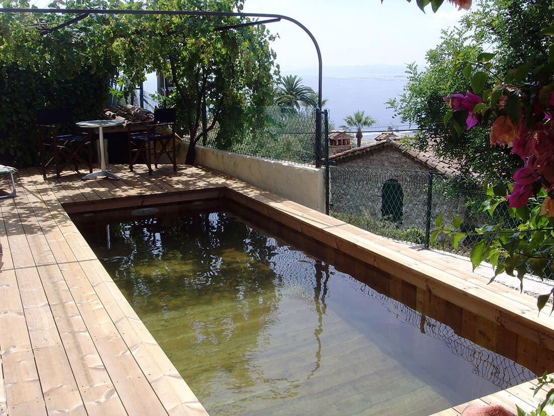 Installateur mini piscine en bois var toulon nice marseille for Petite piscine enterree