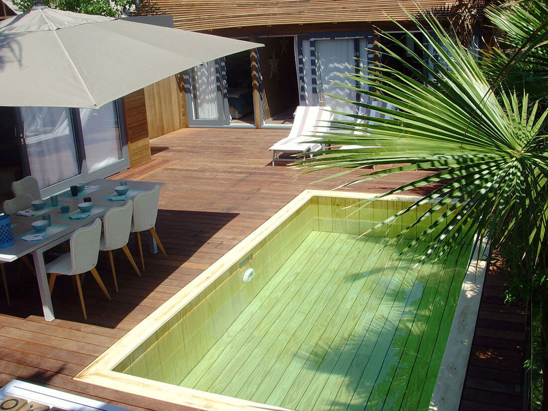Terrasse piscine semi enterr e fashion designs for Piscine bois nice