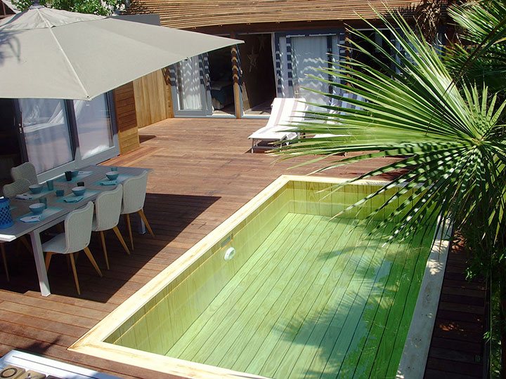 Installateur mini piscine en bois var toulon nice marseille for Piscines semi enterrees