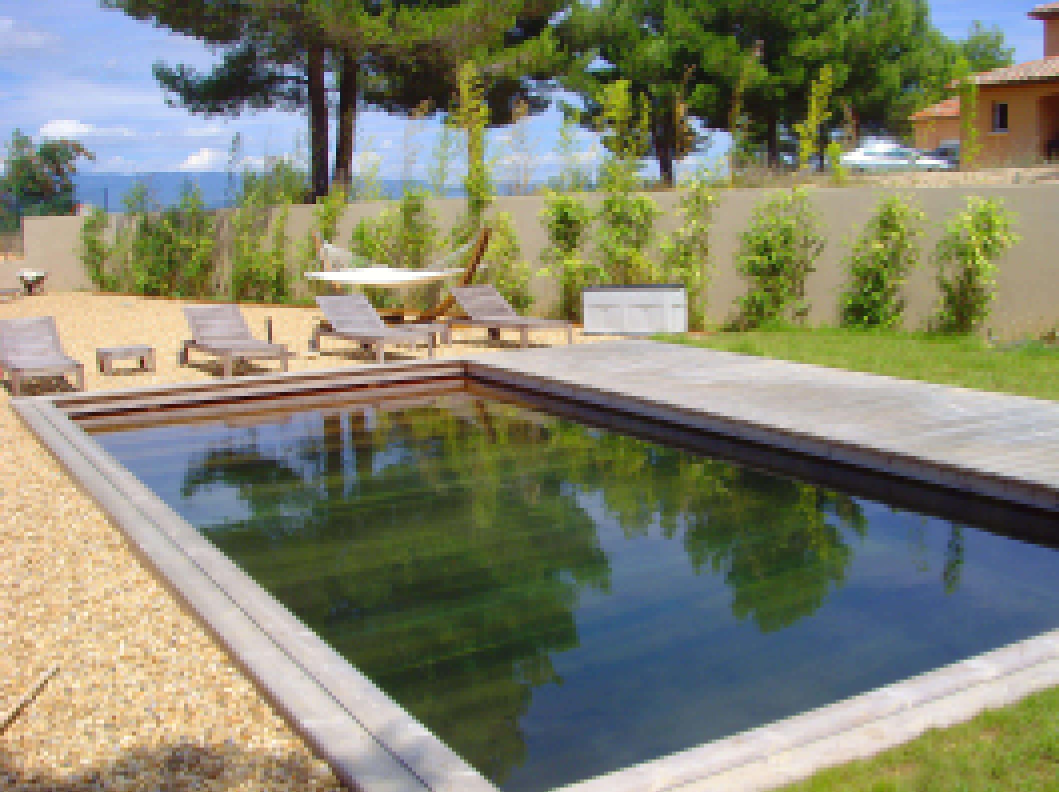 jacuzzi en bois piscine en bois terrasse en bois. Black Bedroom Furniture Sets. Home Design Ideas