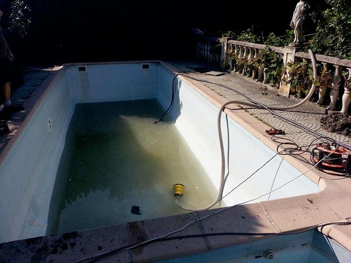 Proc d de fabrication unique pour les piscines en bois for Piscine sans liner