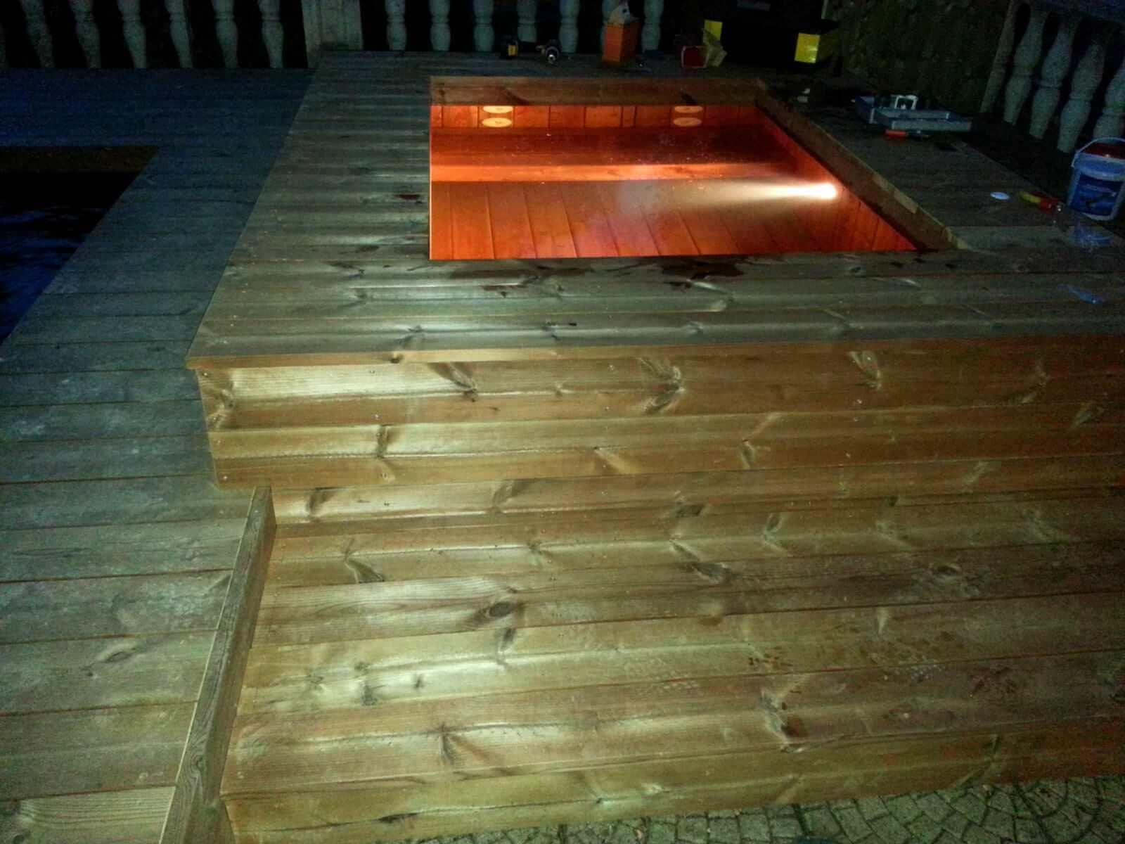 Photos de petites piscines en bois sans liner odyssea piscines - Jacuzzi petite taille ...