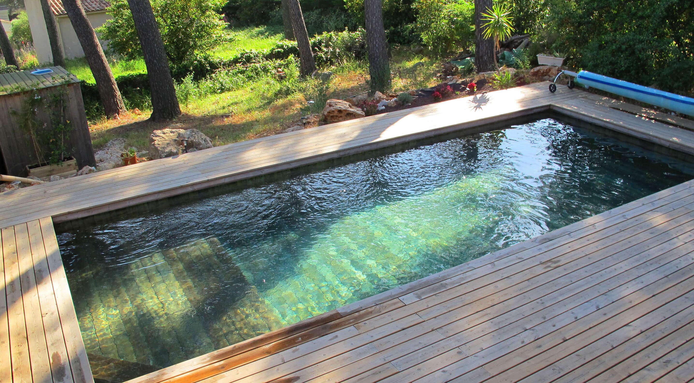 Nos photos de piscines en bois odyssea dans le var 83 - Piscine pente terrain nice ...